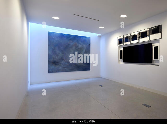 View in basement with 'art gallery'. Notting Hill House, London, United Kingdom. Architect: Michaelis Boyd - Stock-Bilder