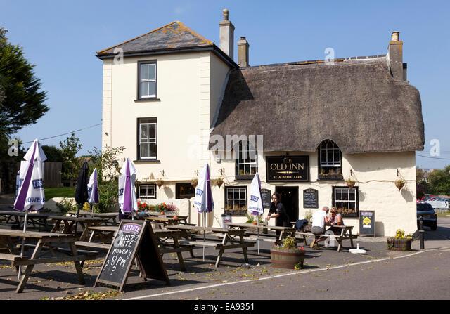Pubs Oakley Buckinghamshire