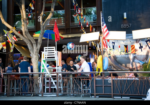 santa monica gay personals The gay scene in santa monica on any given day in santa monica you'll find friendly, sun-kissed lgbt locals leisurely strolling the beach or drinking coffee at a local café.