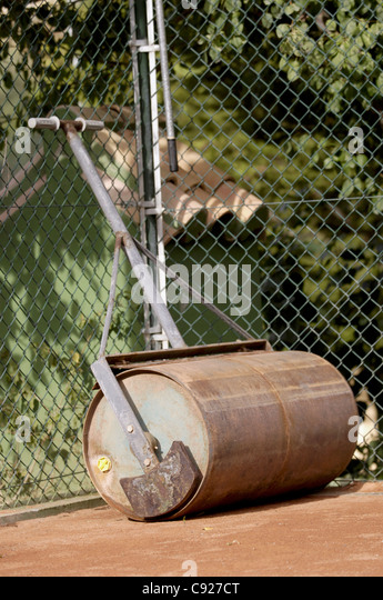 Lawn Roller Stock Photos Amp Lawn Roller Stock Images Alamy