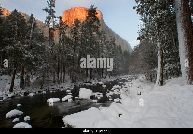 El Capitan and the Merced River during winter in Yosemite National Park. - Stock Image