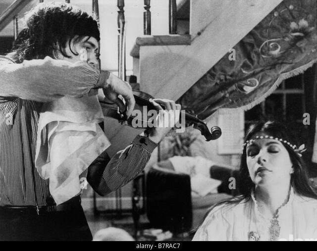Ange et la femme L Ange et la femme L Année 1977 Canada LEWIS FUREY ET CAROLE LAURE Réalisateur Gill - Stock Image