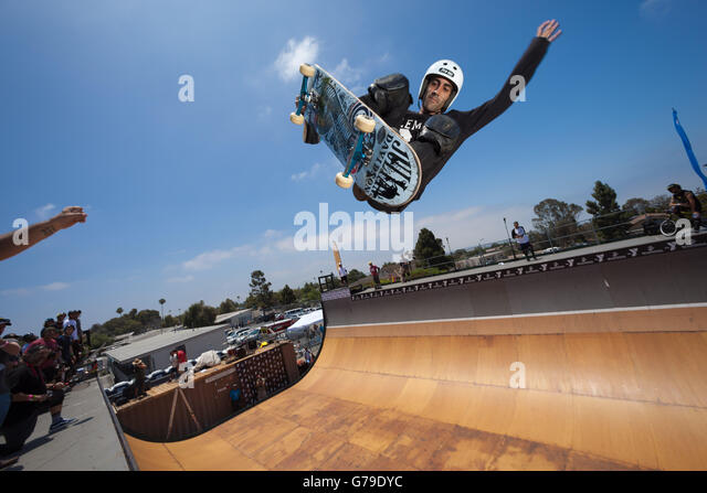 San Diego, CA, US. 25th June, 2016. On a sunny Saturday, young and old turned out for the 10th annual Clash at Clairemont.There - Stock-Bilder