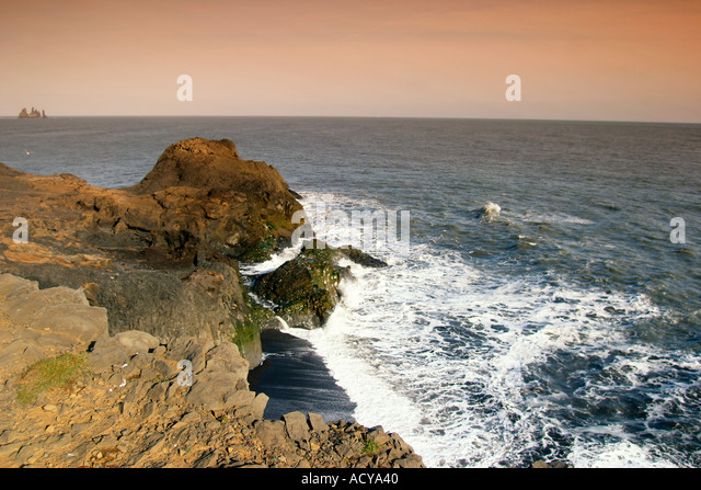 Iceland South Cap Dyrholaey cliff ocean waves - Stock Image