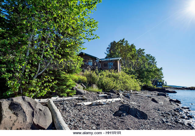 Shoreside stock photos shoreside stock images alamy for North shore lake superior cabins