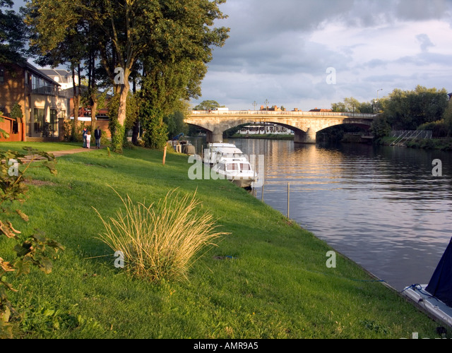 Stone Bridge over the River Thames Staines Middlesex England - Stock Image