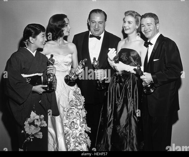 MIYOSHI UMEKI JEAN SIMMONS SAM SPIEGEL JOANNE WOODWARD & RED BUTTONS ACTRESSES PRODUCER & ACTOR (1999) - Stock Image
