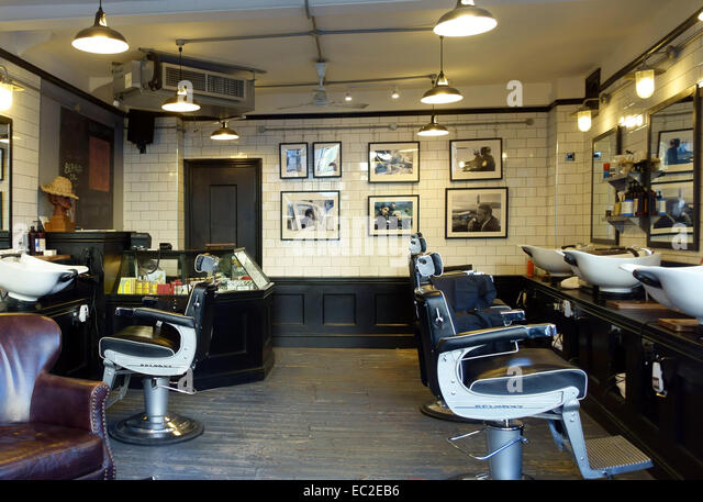 Mens Barber Stock Photos & Mens Barber Stock Images - Alamy