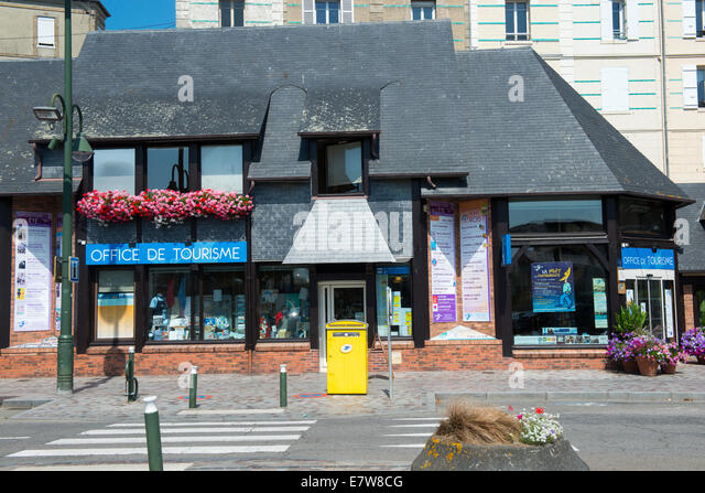De morny stock photos de morny stock images alamy - Office de tourisme trouville sur mer ...