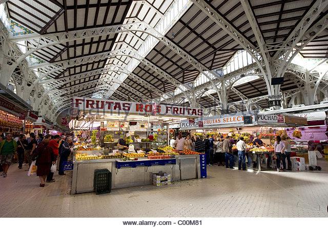 02/11/10  VALENCIA  Food market - Stock Image