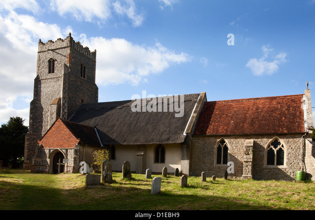 St. Botolphs Church with its thatched roof at Iken, Suffolk, England, United Kingdom, Europe - Stock Image
