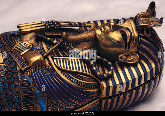 What tutankhamuns tomb reveals about new kingdom egyptian society essay