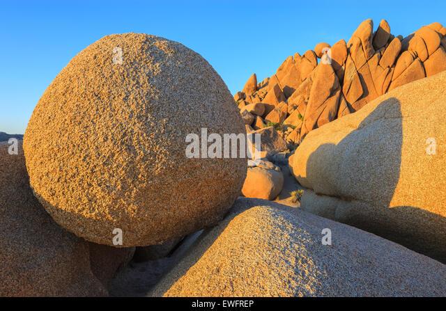 Jumbo Rocks in Joshua Tree National Park, California, USA. - Stock-Bilder