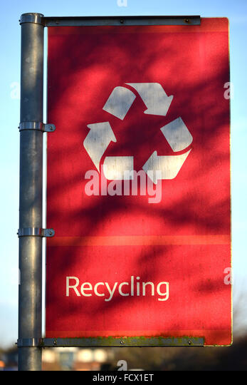 Red recycling sign - Stock Image