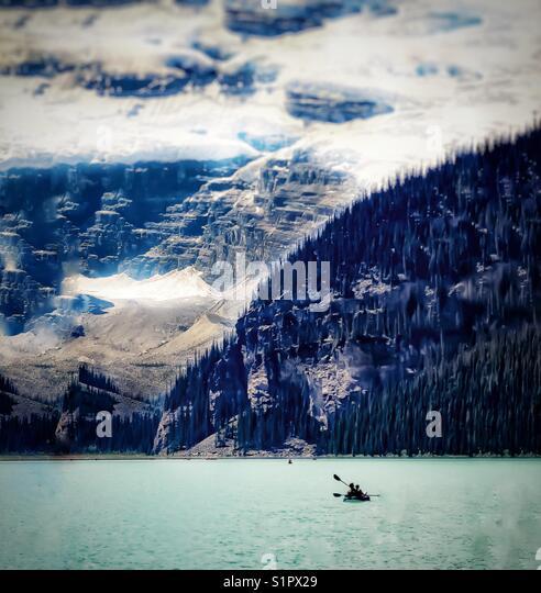 Kayak, lake Louise - Stock Image