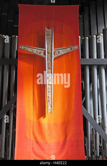 Crucifix and organ pipes,Manchester cathedral,England,UK - Stock Image
