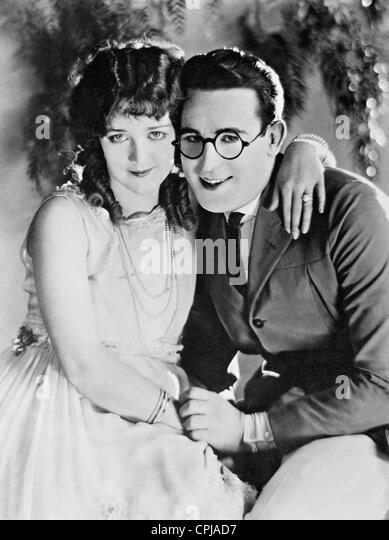 Harold Lloyd with Mildred Davis, 1925 - Stock Image