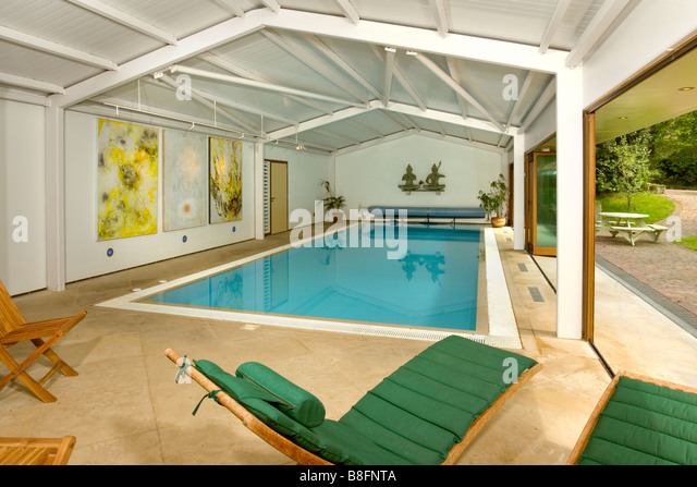 Domestic Swimming Pool Uk Stock Photos Domestic Swimming