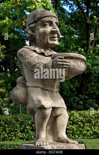 Grotesque Statues Stock Photos & Grotesque Statues Stock ...