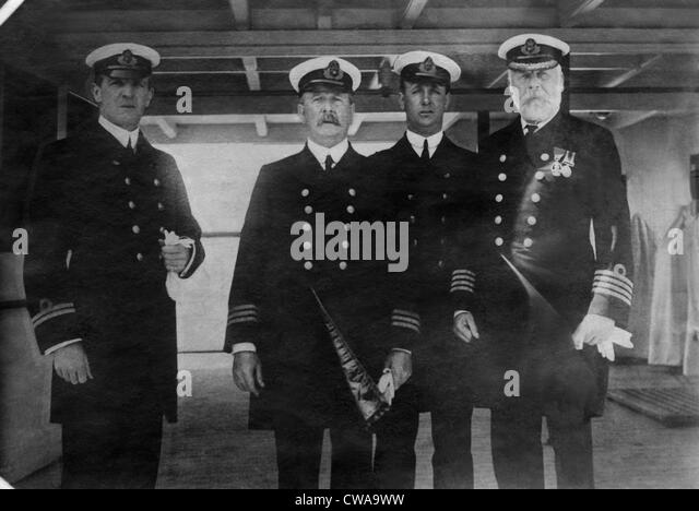 Captain Edward Smith (right), of the RMS Titanic, which sank after hitting an iceberg, 1912. Courtesy: CSU Archives/Everett - Stock Image