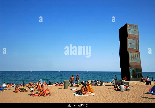 Spain Barcelona beach Platja de la Barceloneta people Sculture by Rebecca Horn sculpture by Rebecca horn on Barceloneta - Stock Image