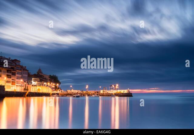 Spain, Asturias, Small village at dawn - Stock Image