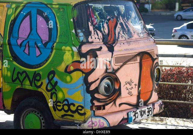 love and peace hippy colorfull minivan car - Stock Image