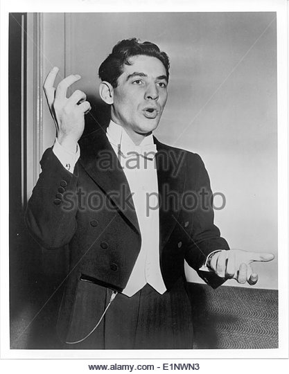 Leonard Bernstein circa 1950s Courtesy Granamour Weems Collection.  Editorial use only. - Stock Image