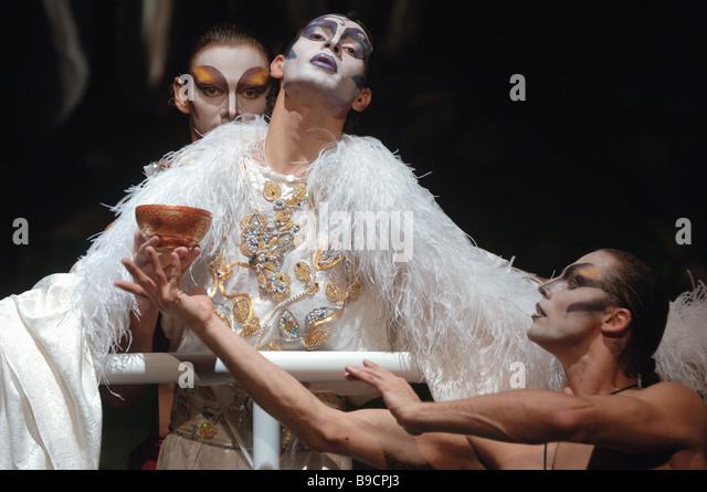 Jean Genet s The Maids a sensational Roman Viktyuk production - Stock Image