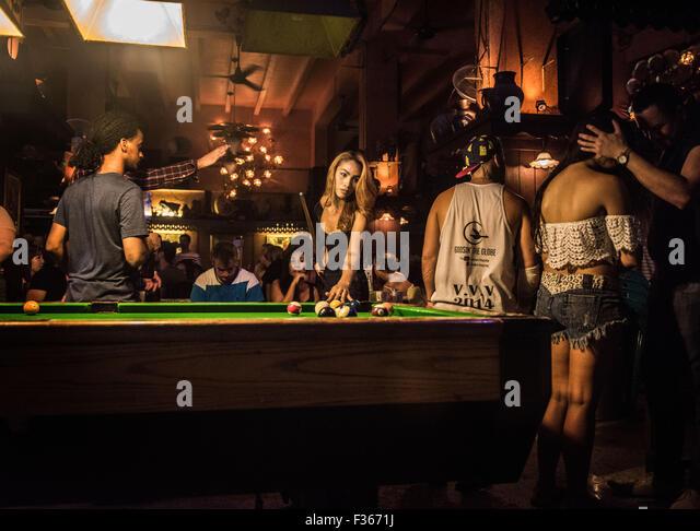 transvestite bars Singapore