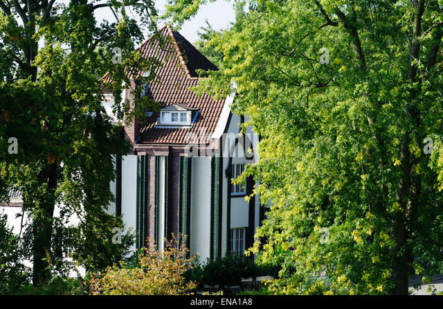 Art noveau house stock photos art noveau house stock for Behrens house
