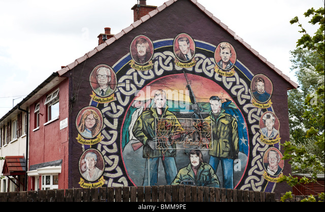 Mural in East Belfast showing nine murdered republicans. Armed portraits of Sean Doyle, Liam McParland and Billy - Stock Image