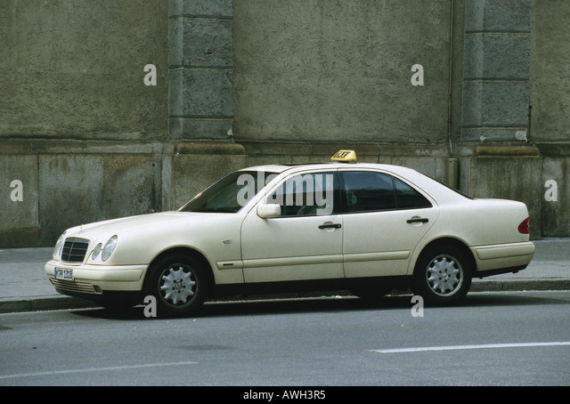 taxis taxi mercedes stock photos taxis taxi mercedes. Black Bedroom Furniture Sets. Home Design Ideas