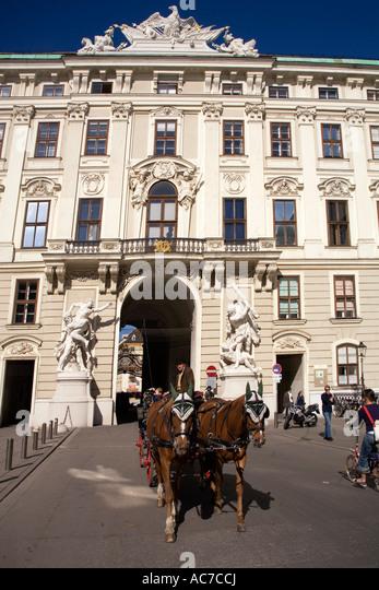 Vienna Hofburg Fiaker - Stock Image