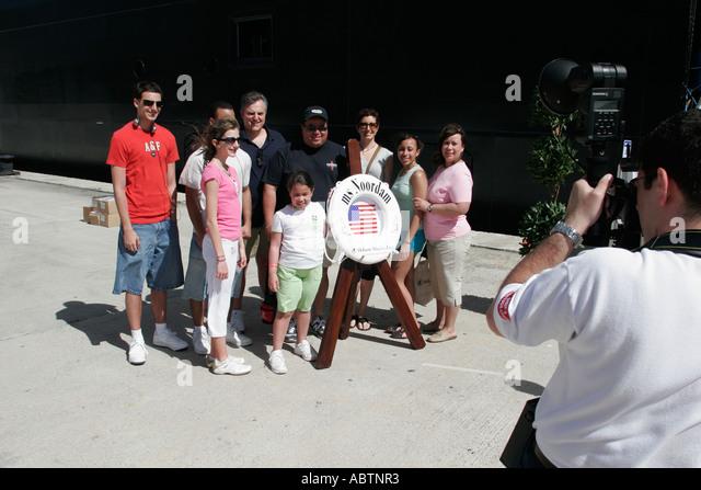 St. Thomas USVI Crown Bay Holland America Line ms Noordam family group photo - Stock Image