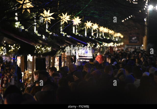 Edinburgh, Scotland, UK. 13th December, 2015. Shoppers throng to the Christmas Market in Princes Street Gardens, - Stock Image