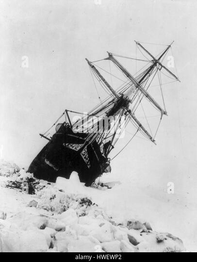 Shackleton's expedition to the Antarctic, last moments of the Endurance. - Stock Image