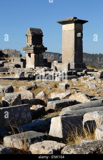 Harpy monument and Lycian tomb, Xanthos, Kalkan, Lycia, Antalya Province, Southwest Turkey, Anatolia, Turkey - Stock-Bilder