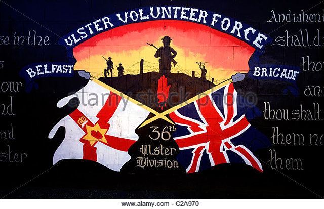 A Loyalist political mural in Belfast, Northern Ireland. - Stock Image