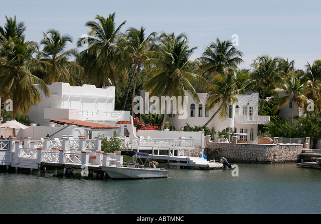 Sint Maarten Dutch Simpson Bay Lagoon waterfront homes - Stock Image