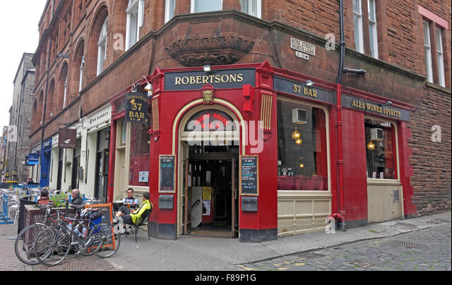Robertsons Pub 37 bar,Rose St,Edinburgh City Centre,Scotland,UK - Stock Image