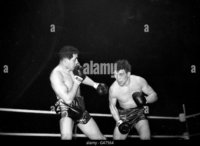 Boxing - BBBofC Southern Area Light Heavyweight Title - George Walker v Brian Anders - Harringay Arena - Stock Image