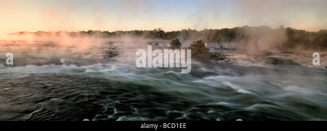 Luapula River at Dawn. Zambia - Stock-Bilder