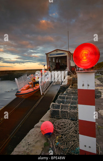 St Abbs RNLI  inshore lifeboat training - Stock Image