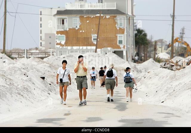 092204 hurricane ivan pensacola beach stock photos for Architectural concepts pensacola florida