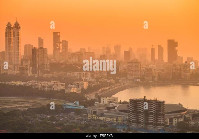 Haji Ali Bay and downtown, central south Mumbai, India - Stock Image