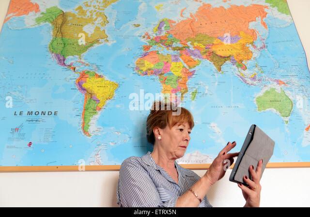 Booking planning travel holiday online via internet - Stock-Bilder