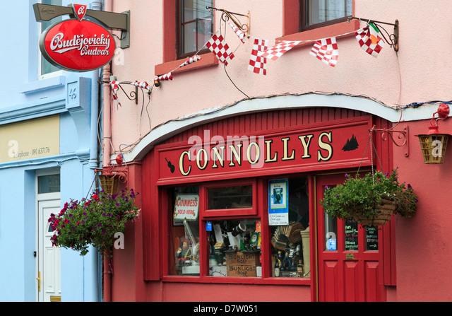 Connollys Pub in Kinvara, County Galway, Connaught, Republic of Ireland, Ireland - Stock-Bilder