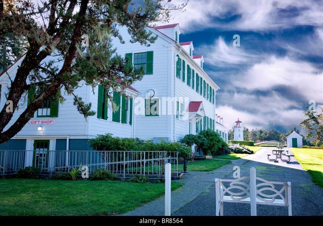 Old Coast Guard Station, now a museum, and Umpqua Lighthouse.Oregon. - Stock Image