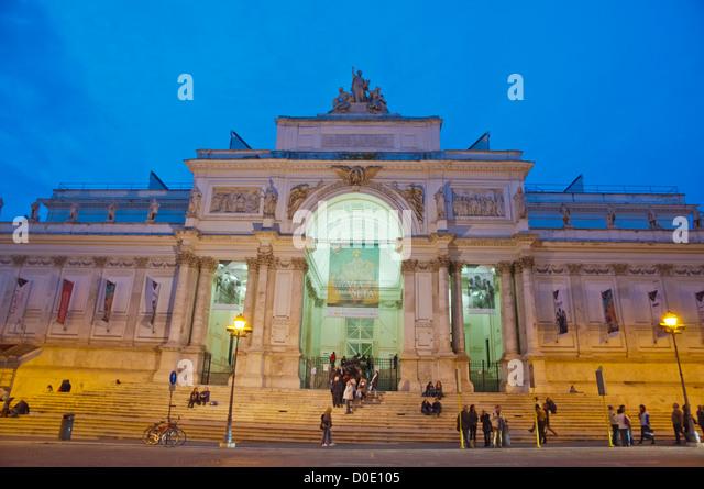 Via nazionale stock photos via nazionale stock images for Palazzo delle esposizioni rome italy